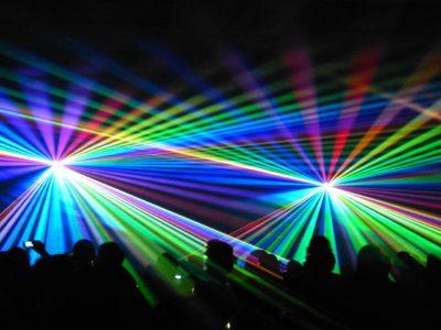 雑学 レーザー光ってどんな光?